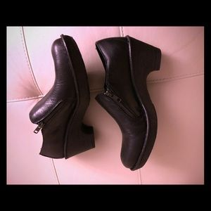 Worn once Born black shoes